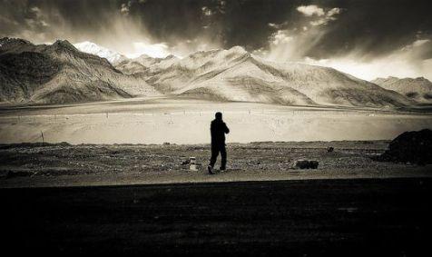 alone_flickr_varun-suresh